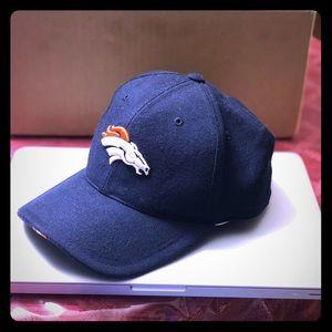 Vintage NFL Denver Broncos fitted hat.